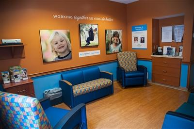 Family lounge at the Lori Beth Brodsky Pediatric Wind at Bryn Mawr Hospital