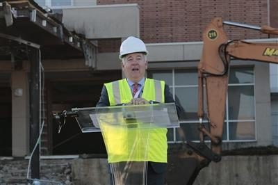 Jack Lynch speaking at Riddle groundbreaking