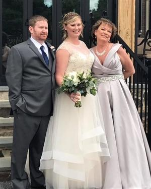 Kathryne Peterson (right) with her son Erik (left) and daughter Erin (center) on Erin's wedding day